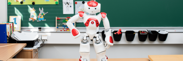 Robot in front of blackboard